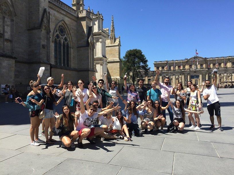 Students In Bordeaux V2