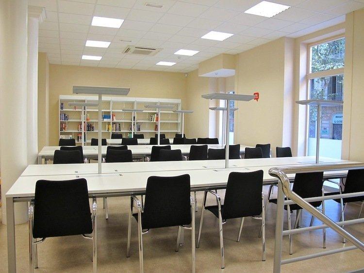 Library TBS Business School in Barcelona